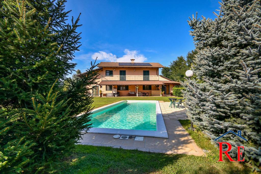 Villa in vendita a Villafranca Piemonte, 7 locali, prezzo € 319.000 | CambioCasa.it