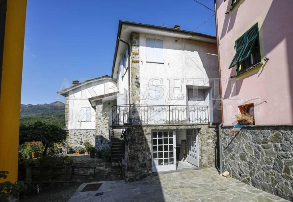 Villa in vendita a Maissana, 6 locali, prezzo € 160.000   PortaleAgenzieImmobiliari.it
