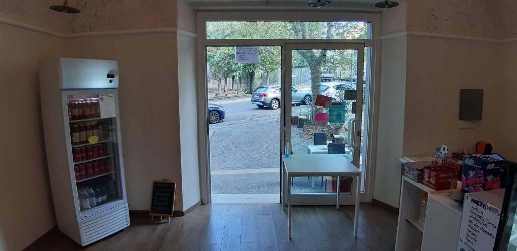 Negozio / Locale in affitto a Marino, 1 locali, prezzo € 1.000 | CambioCasa.it