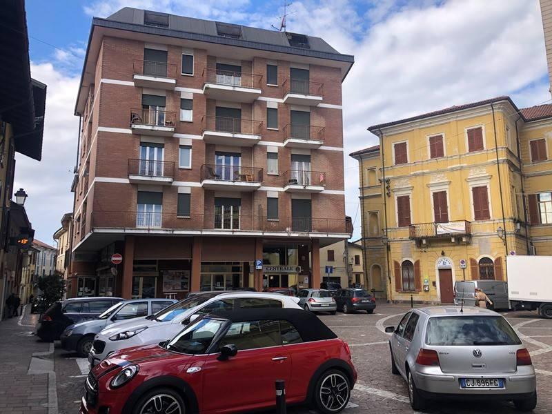 Appartamento in vendita a Castelletto Sopra Ticino, 2 locali, prezzo € 53.000 | CambioCasa.it