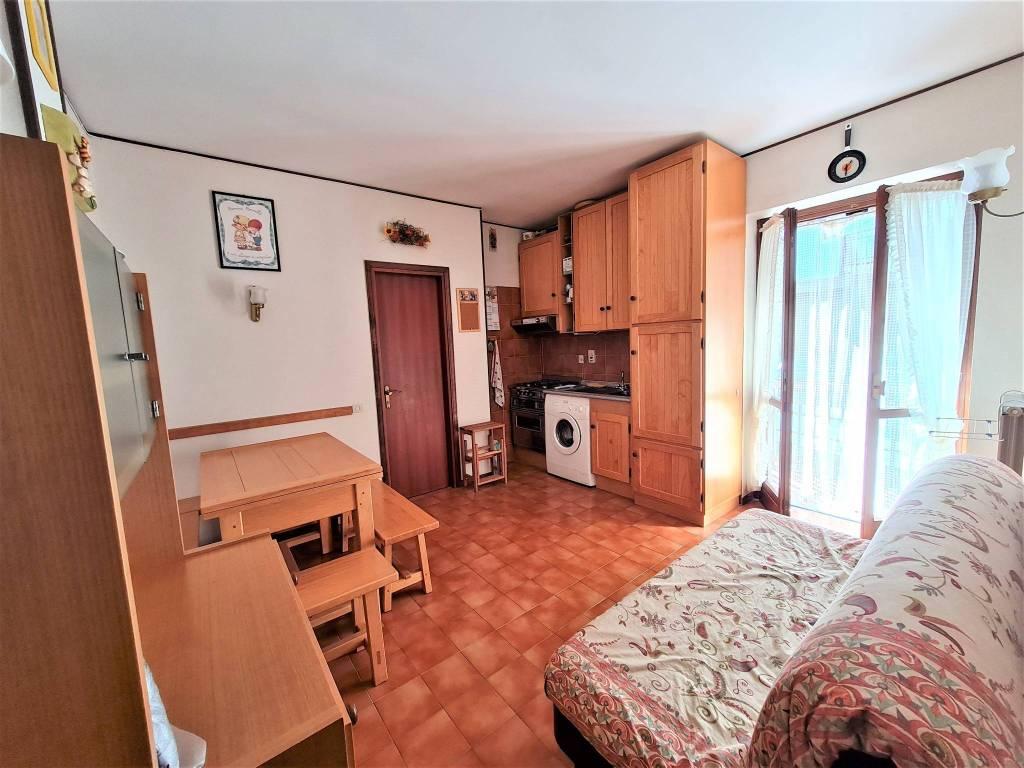 Appartamento in vendita a Roburent, 2 locali, prezzo € 23.000 | CambioCasa.it