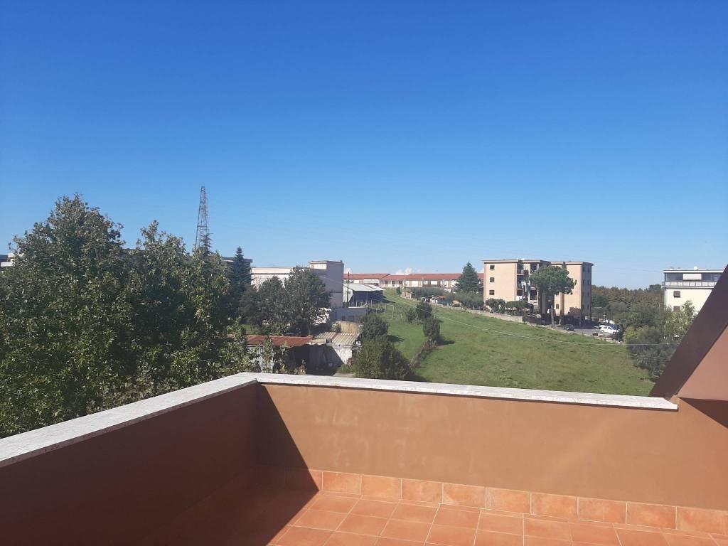 Appartamento in vendita a Fonte Nuova, 2 locali, prezzo € 98.000 | PortaleAgenzieImmobiliari.it