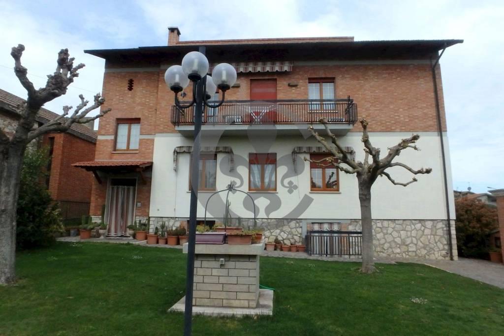 Appartamento in vendita a Montepulciano, 5 locali, prezzo € 145.000   PortaleAgenzieImmobiliari.it