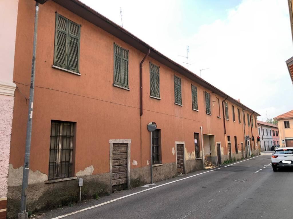 Rustico / Casale in vendita a Cerro Maggiore, 3 locali, prezzo € 400.000 | CambioCasa.it