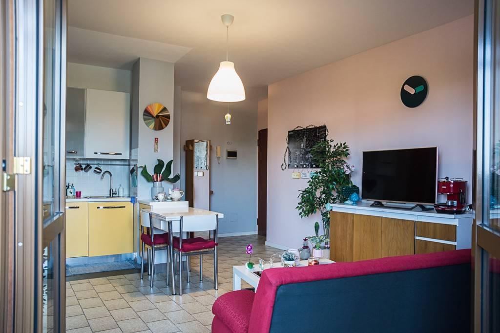 Appartamento in vendita a San Giuliano Milanese, 2 locali, prezzo € 120.000 | PortaleAgenzieImmobiliari.it