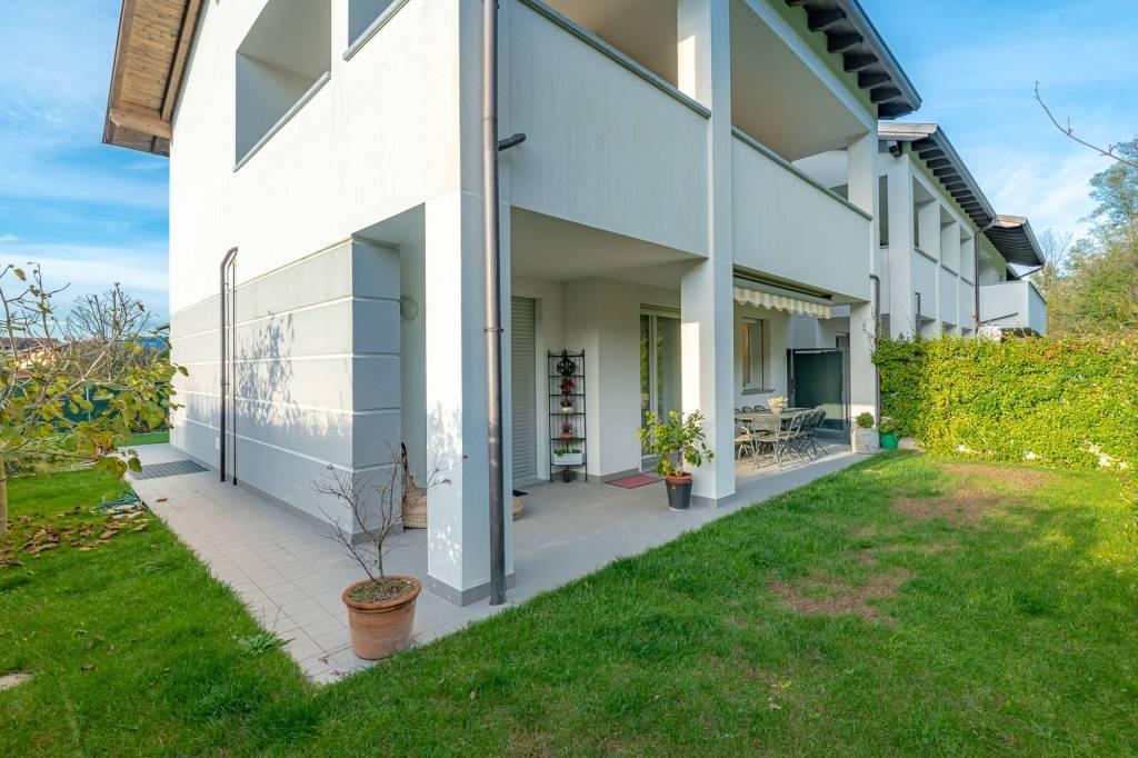Appartamento in vendita a Senna Comasco, 3 locali, prezzo € 285.000 | PortaleAgenzieImmobiliari.it