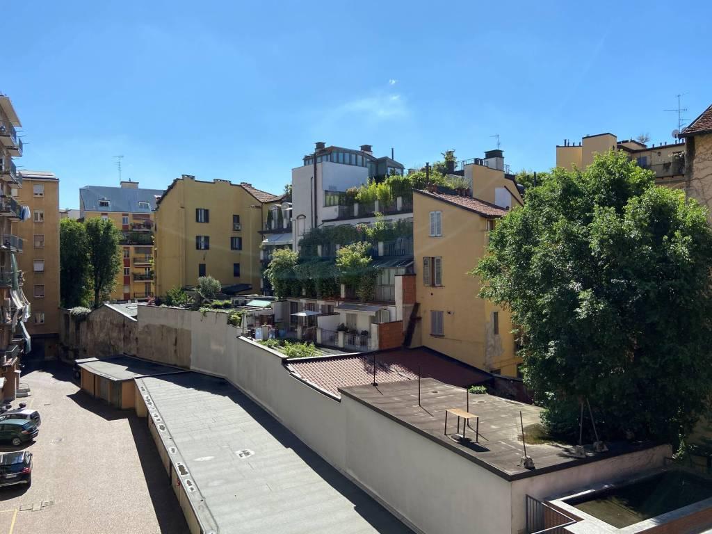 Appartamento in Vendita a Milano 03 Venezia / Piave / Buenos Aires: 3 locali, 90 mq