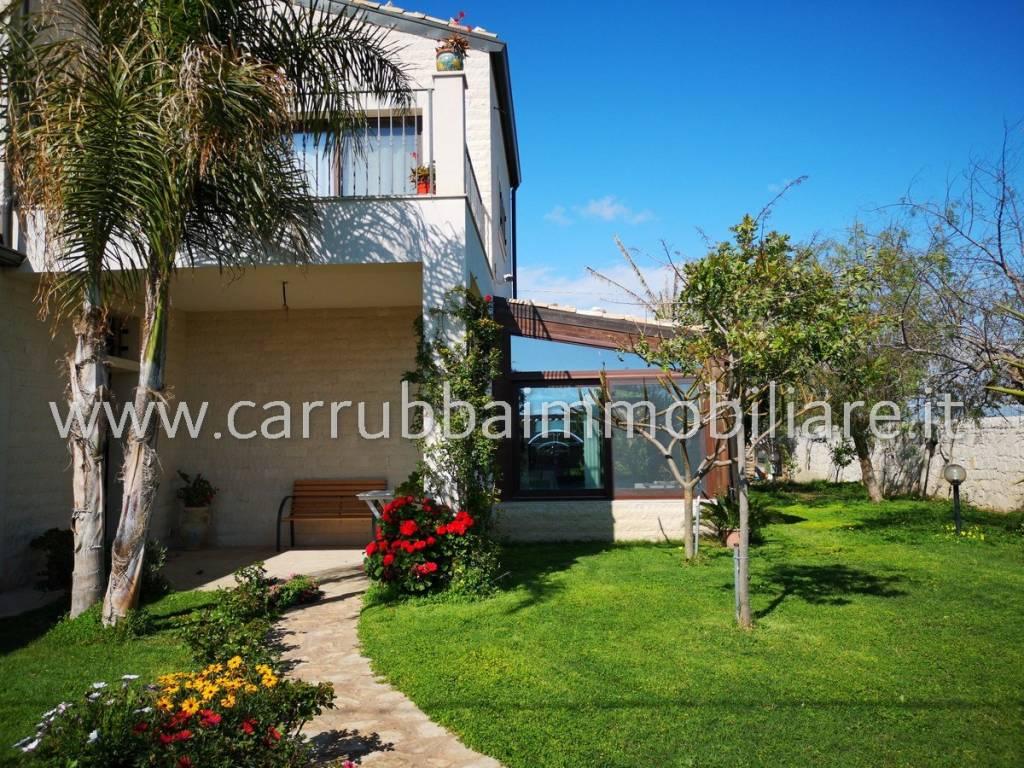 Villa in Vendita a Santa Croce Camerina Periferia: 5 locali, 175 mq