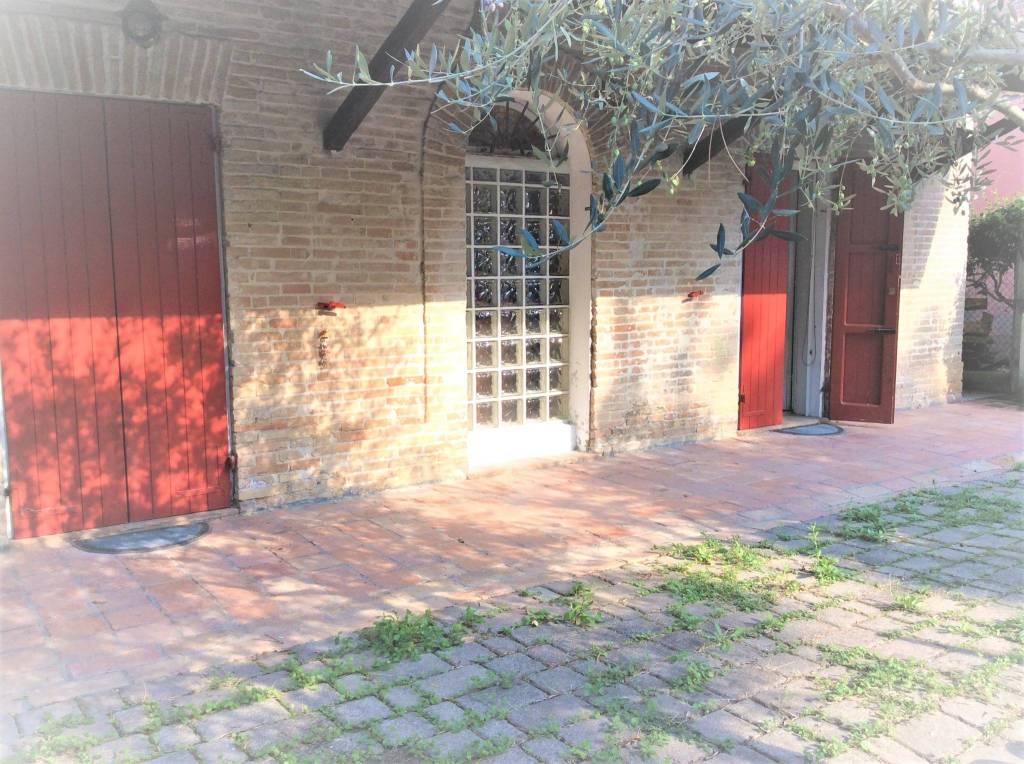 Appartamento in Affitto a Rimini Periferia Ovest: 4 locali, 105 mq