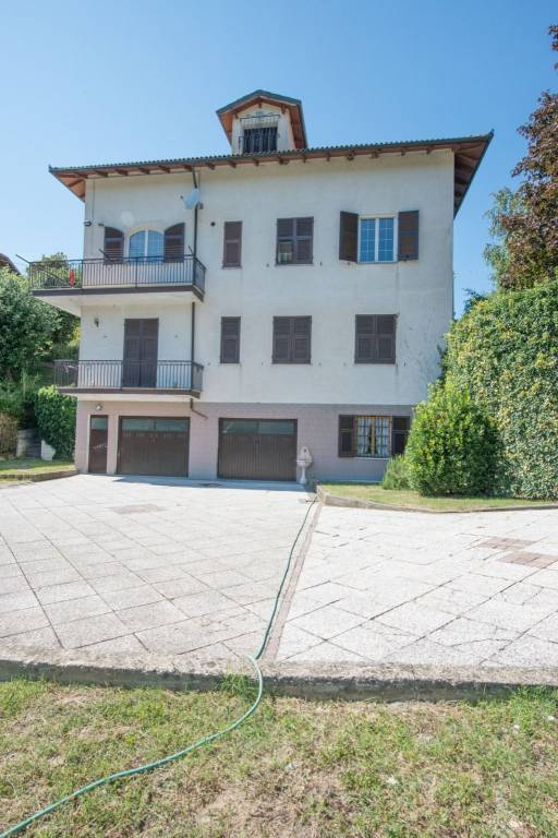 Villa in vendita a Bosio, 10 locali, prezzo € 269.000 | PortaleAgenzieImmobiliari.it