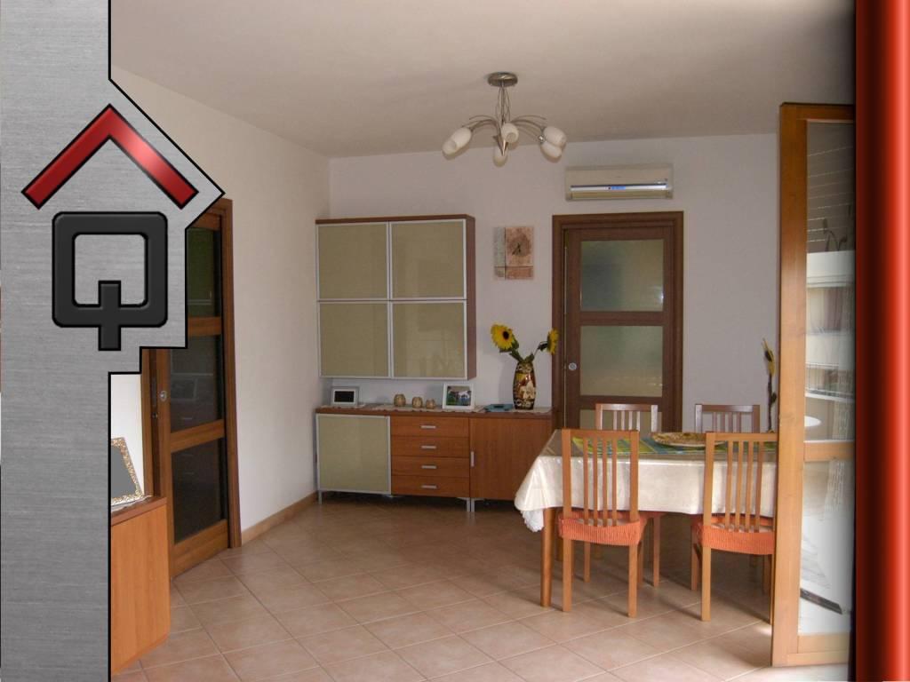 Appartamento in Vendita a Olmedo: 2 locali, 81 mq