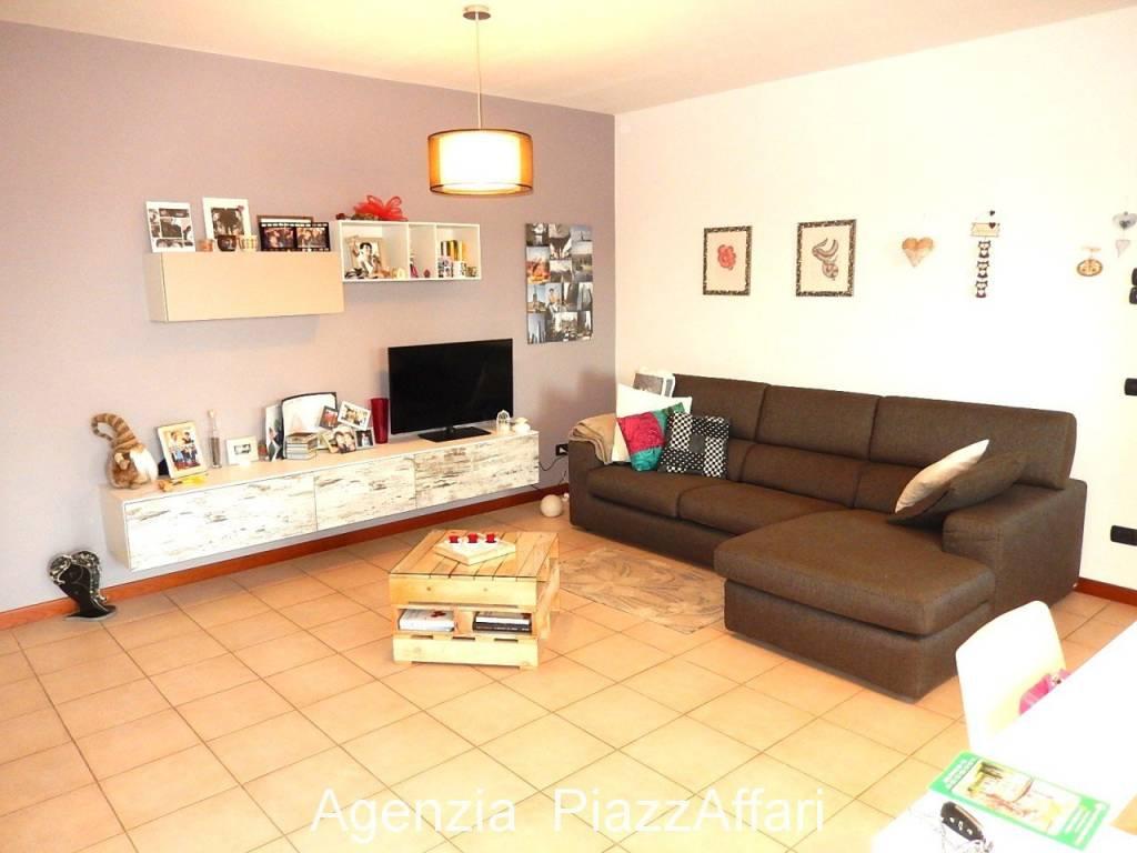 Appartamento in vendita a Candiana, 3 locali, prezzo € 75.000 | CambioCasa.it