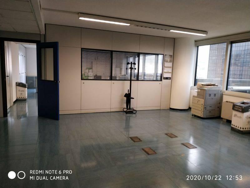 Ufficio / Studio in affitto a Genova, 3 locali, zona Sampierdarena, Certosa-Rivarolo, Centro Ovest, S.Teodoro, prezzo € 1.700   PortaleAgenzieImmobiliari.it
