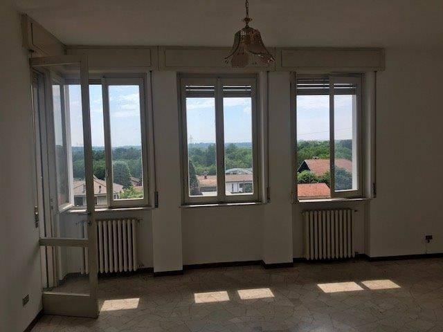 Appartamento in vendita a Turbigo, 4 locali, prezzo € 80.000 | PortaleAgenzieImmobiliari.it
