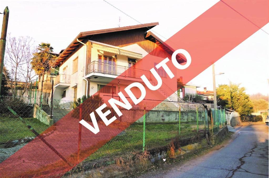 Villa in buone condizioni in vendita Rif. 9394071