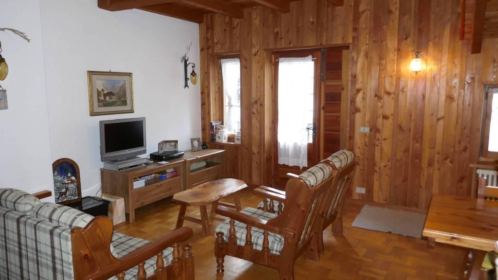 Villa in vendita a Gressoney-la-Trinitè, 7 locali, Trattative riservate | CambioCasa.it