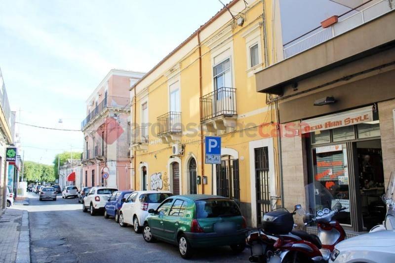 Appartamento in Vendita a Catania Centro: 2 locali, 70 mq