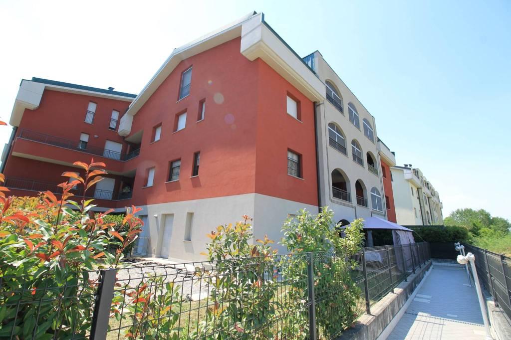 Appartamento in vendita a Pozzo d'Adda, 2 locali, prezzo € 85.000   CambioCasa.it