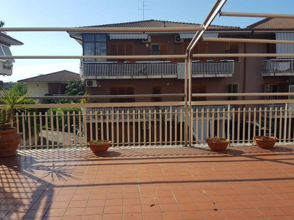 Appartamento in Vendita a Aci Castello Centro: 3 locali, 100 mq