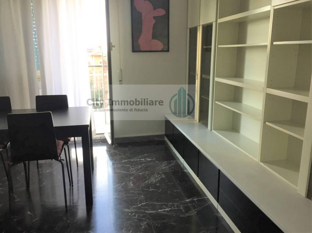 Attico trilocale in affitto a Roma (RM)