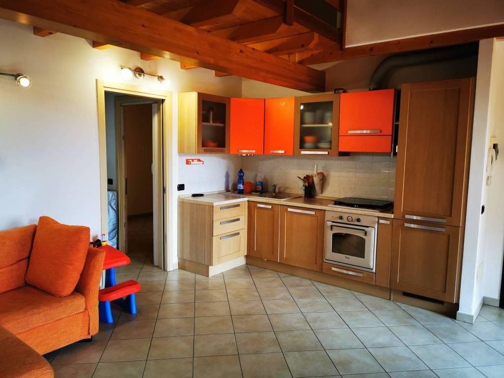 Appartamento in vendita a Casasco d'Intelvi, 3 locali, prezzo € 169.000 | PortaleAgenzieImmobiliari.it