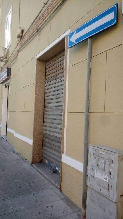 Negozio / Locale in Affitto a Cagliari