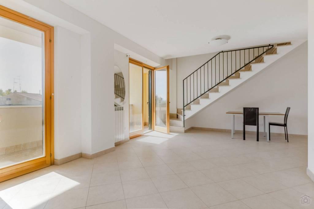 Appartamento in vendita a Guidonia Montecelio, 3 locali, prezzo € 125.000 | PortaleAgenzieImmobiliari.it