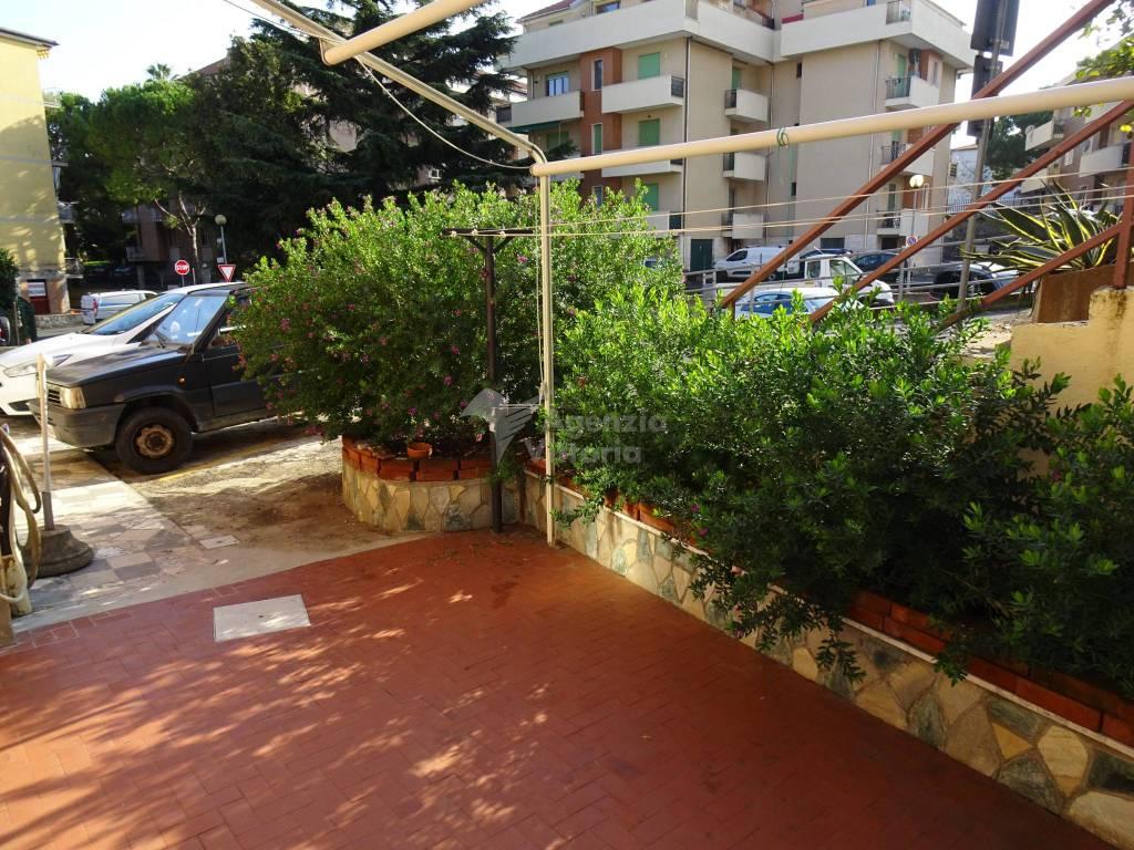Appartamento in vendita a Ceriale, 4 locali, prezzo € 230.000 | PortaleAgenzieImmobiliari.it