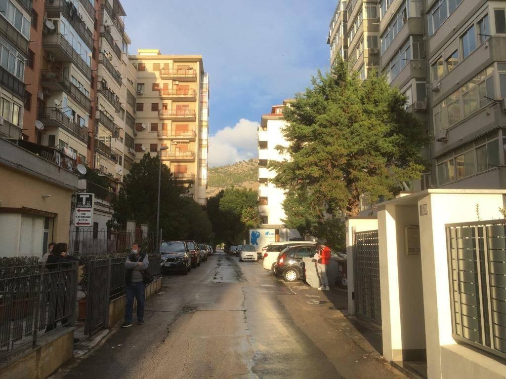 Attico in Affitto a Palermo Semicentro: 4 locali, 151 mq