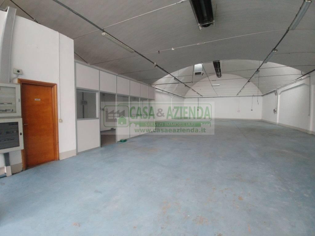 Capannone in affitto a Cassina de' Pecchi, 3 locali, prezzo € 1.334 | CambioCasa.it