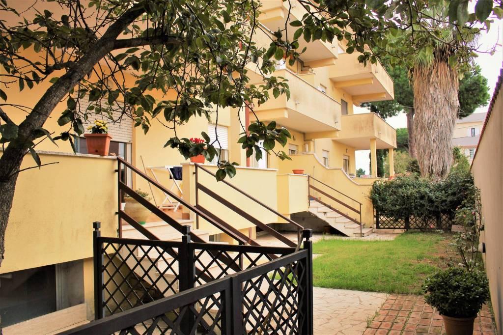 Appartamento in vendita a Anzio, 3 locali, prezzo € 90.000 | CambioCasa.it