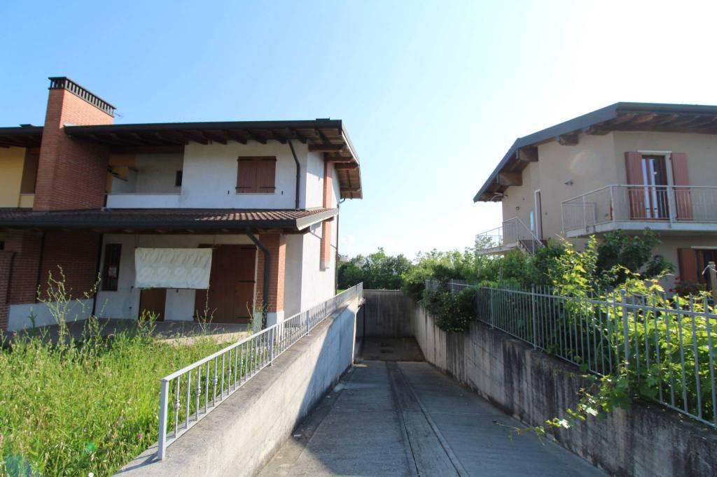 Villa in vendita a Pozzolengo, 5 locali, prezzo € 258.000 | PortaleAgenzieImmobiliari.it