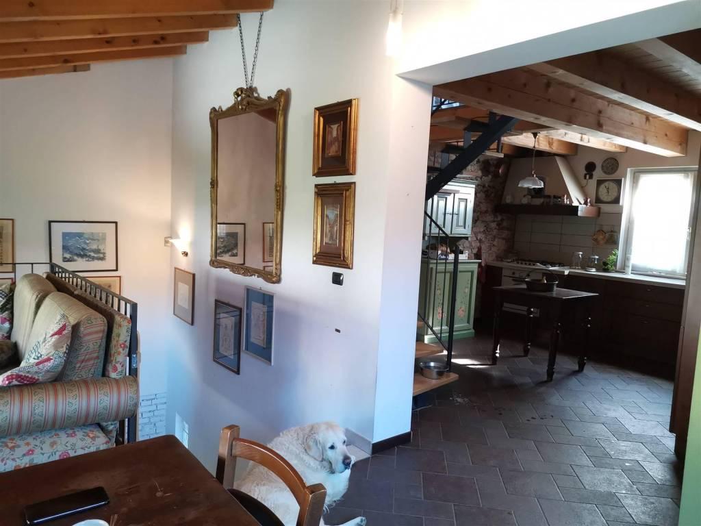 Villa in vendita a Nave, 6 locali, prezzo € 355.000 | PortaleAgenzieImmobiliari.it