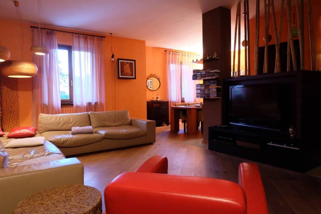 Villa in vendita a Pedrengo, 6 locali, prezzo € 470.000 | PortaleAgenzieImmobiliari.it
