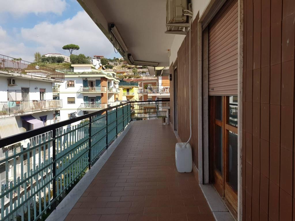 Appartamento in affitto a Pozzuoli, 3 locali, prezzo € 850 | CambioCasa.it