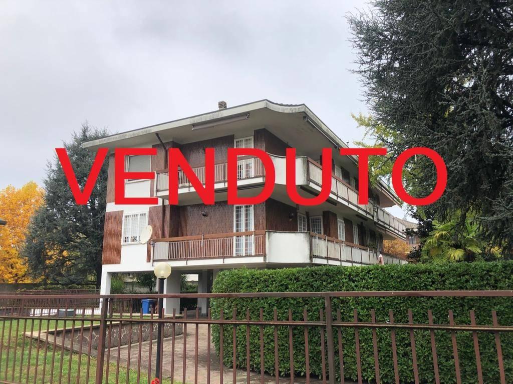 Appartamento in vendita a Cernusco sul Naviglio, 4 locali, prezzo € 320.000 | CambioCasa.it