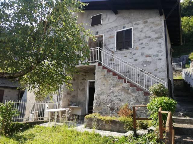 Villa in vendita a Civo, 6 locali, prezzo € 110.000 | CambioCasa.it