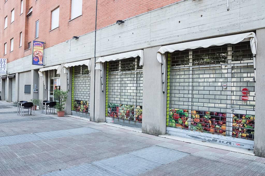 Negozio / Locale in affitto a San Donato Milanese, 2 locali, prezzo € 1.300 | PortaleAgenzieImmobiliari.it