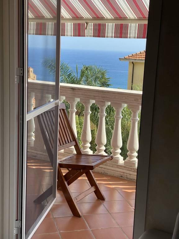 Villa in affitto a SanRemo, 8 locali, Trattative riservate | CambioCasa.it