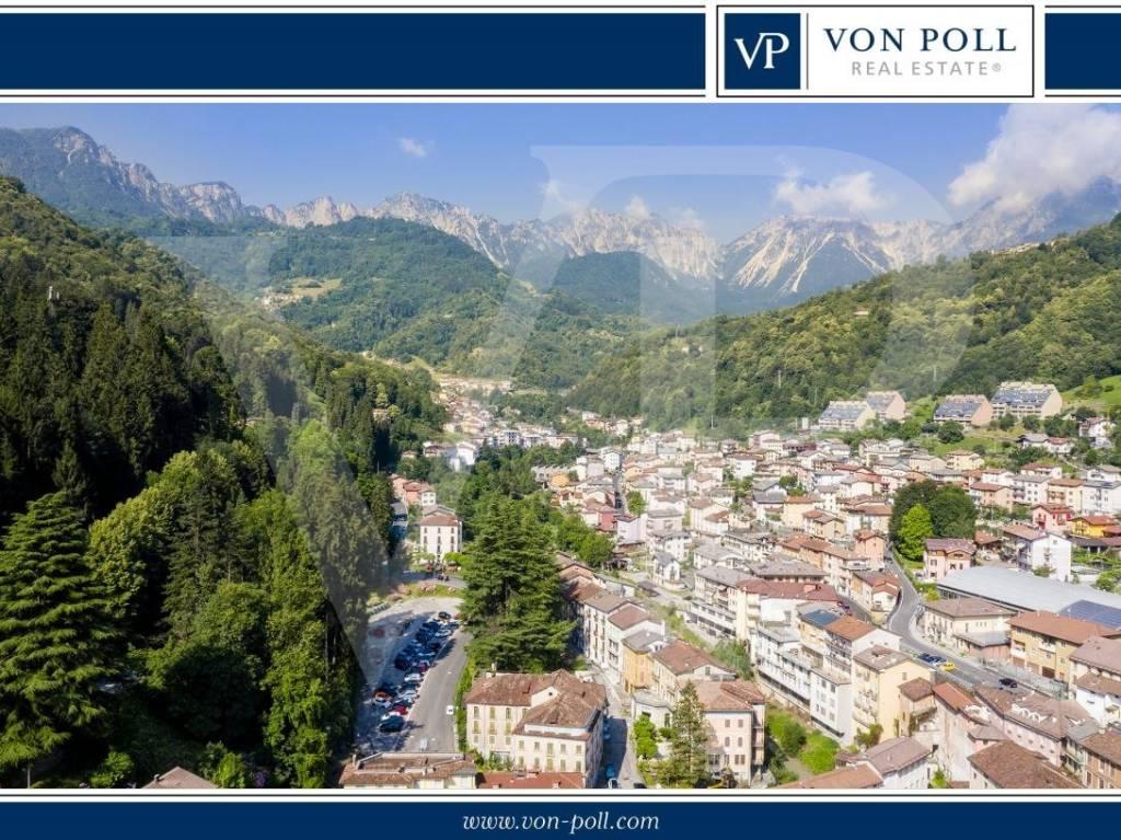 Palazzo / Stabile in vendita a Recoaro Terme, 6 locali, prezzo € 470.000 | CambioCasa.it