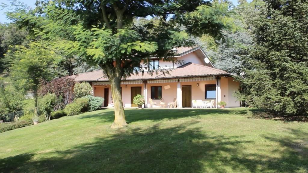Villa in ottime condizioni in vendita Rif. 7591619