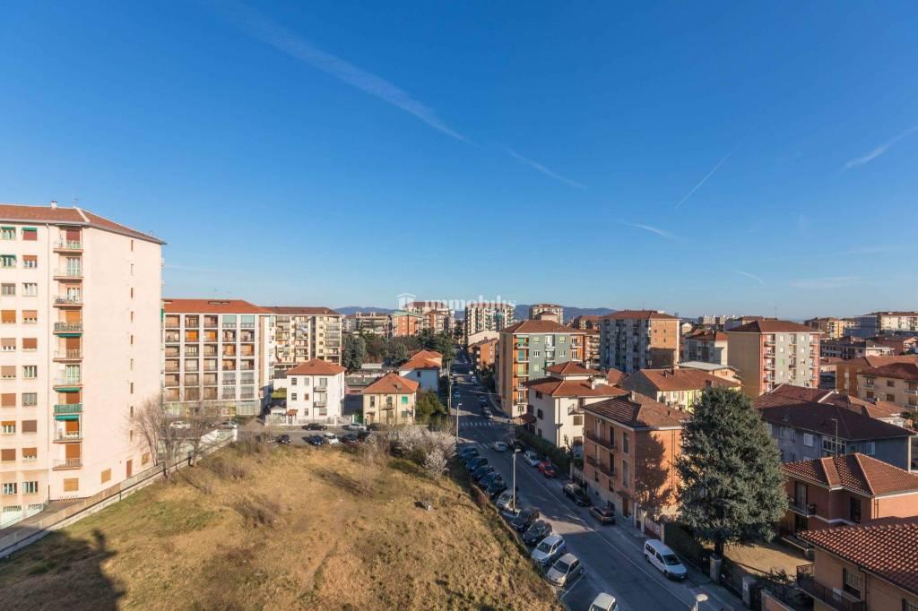Appartamento in vendita a Collegno, 2 locali, prezzo € 117.000   CambioCasa.it