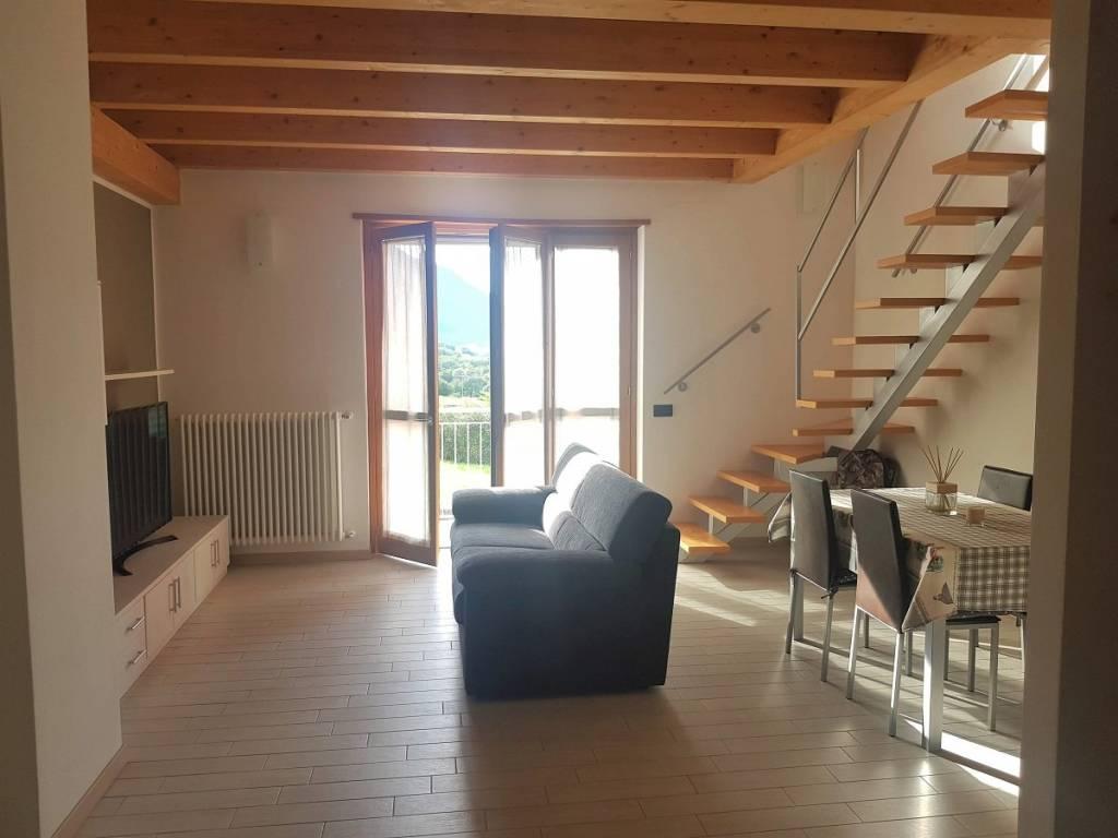 Appartamento in vendita a Caiolo, 4 locali, prezzo € 150.000 | CambioCasa.it