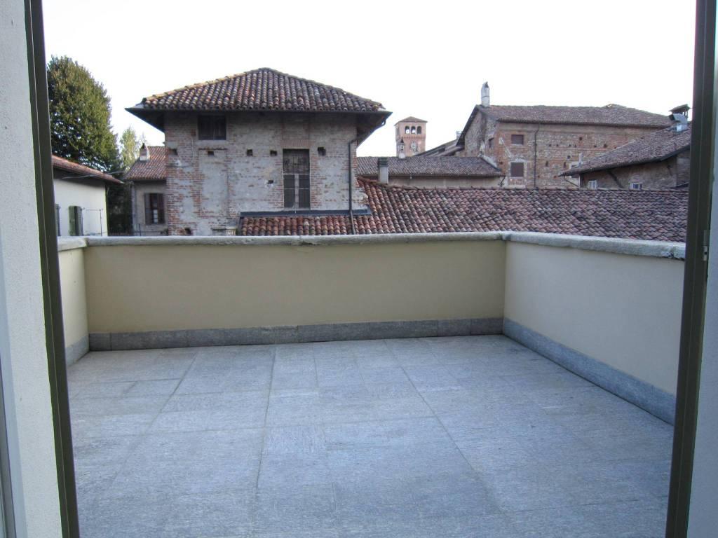 Appartamento in affitto a Cherasco, 3 locali, prezzo € 800 | CambioCasa.it