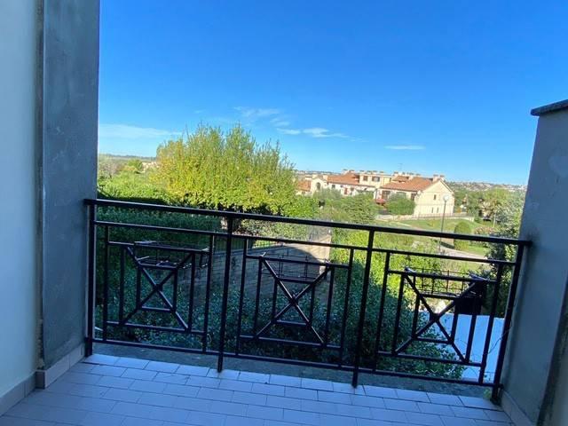 Appartamento in vendita a Guidonia Montecelio, 3 locali, prezzo € 159.000 | CambioCasa.it
