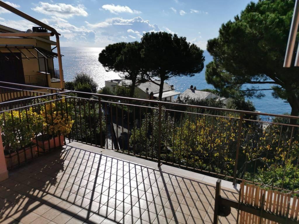 Appartamento in vendita a Moneglia, 3 locali, prezzo € 170.000 | CambioCasa.it