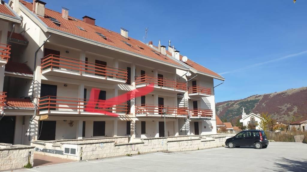 Appartamento in vendita a Ovindoli, 3 locali, prezzo € 89.000 | CambioCasa.it