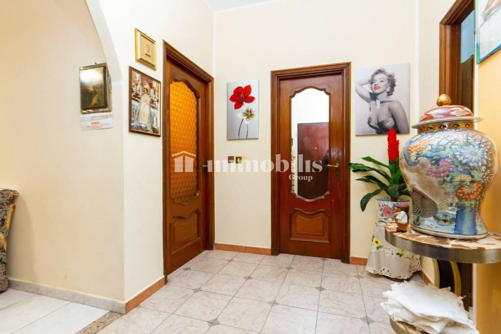 Appartamento in vendita a Grugliasco, 3 locali, prezzo € 98.000 | CambioCasa.it