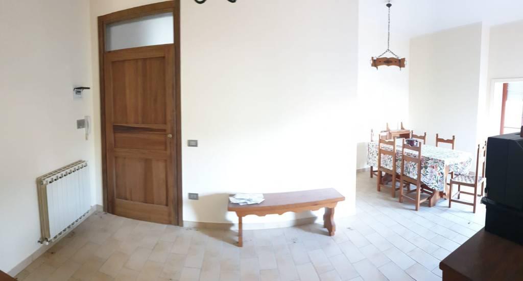 Appartamento in vendita a Potenza Picena, 3 locali, prezzo € 80.000 | CambioCasa.it