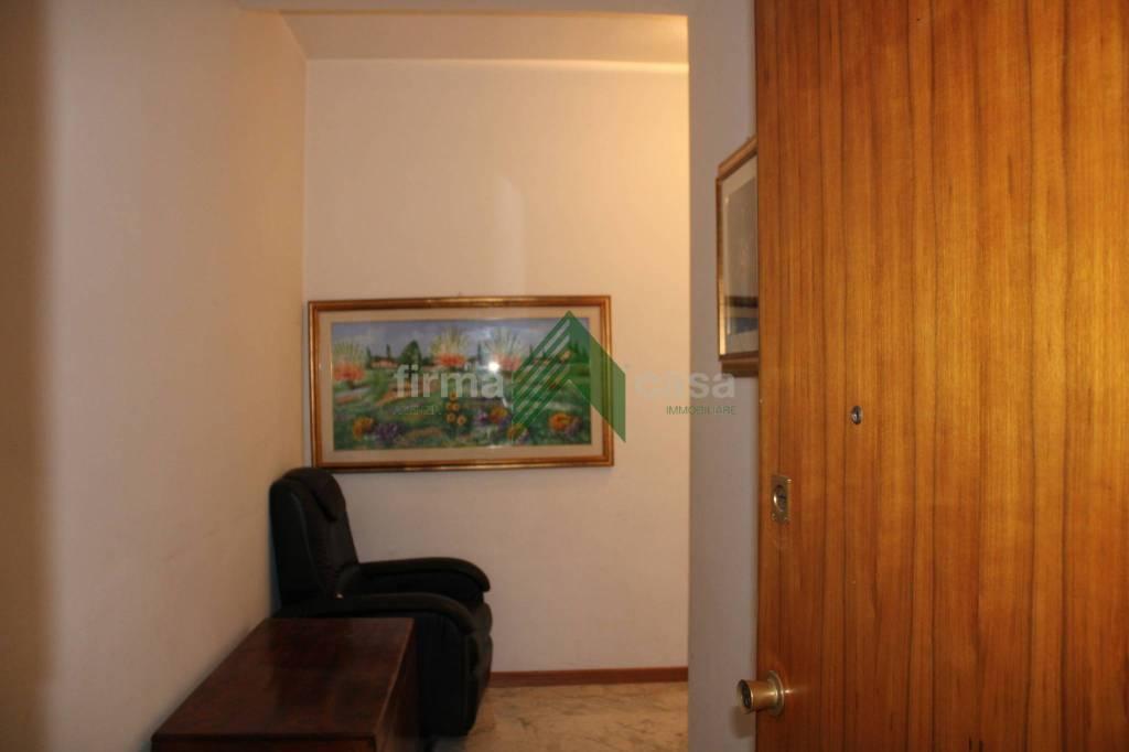 Appartamento centralissimo con posto auto, foto 4